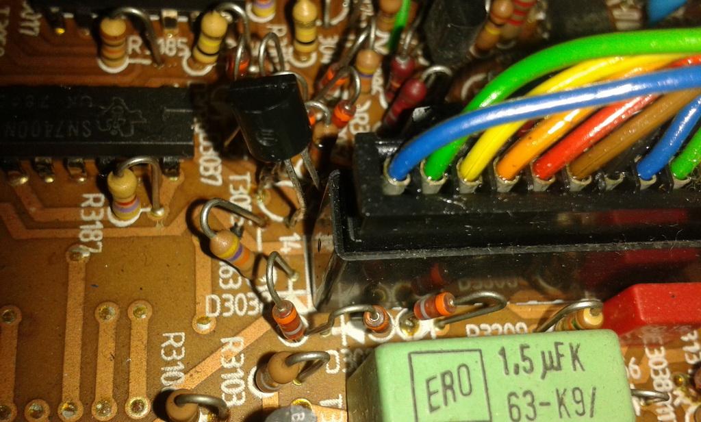 """connettore in pulizia e """"transistor"""""""