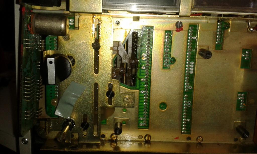 Grundig TS1000 interni manopole sinistra