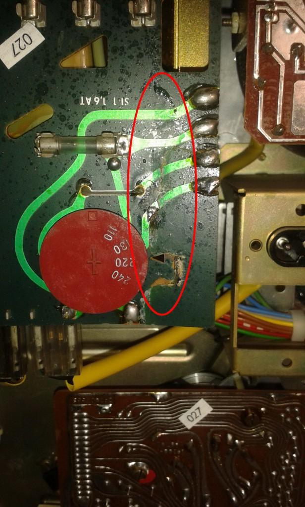 Grundig TS1000 scheda cambio tensione