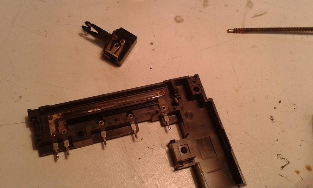 Grundig Studio RPC 600 TP riparazione sliders