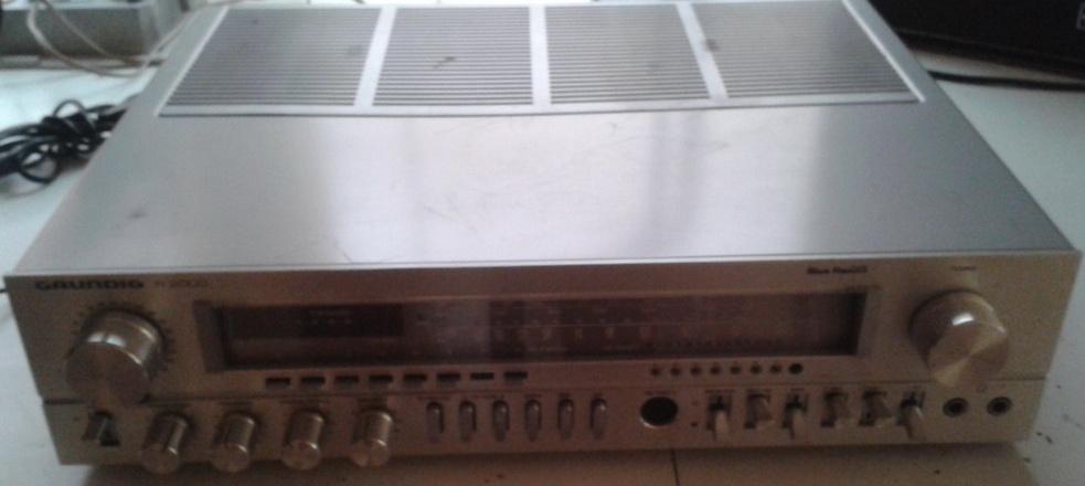 Grundig R2000