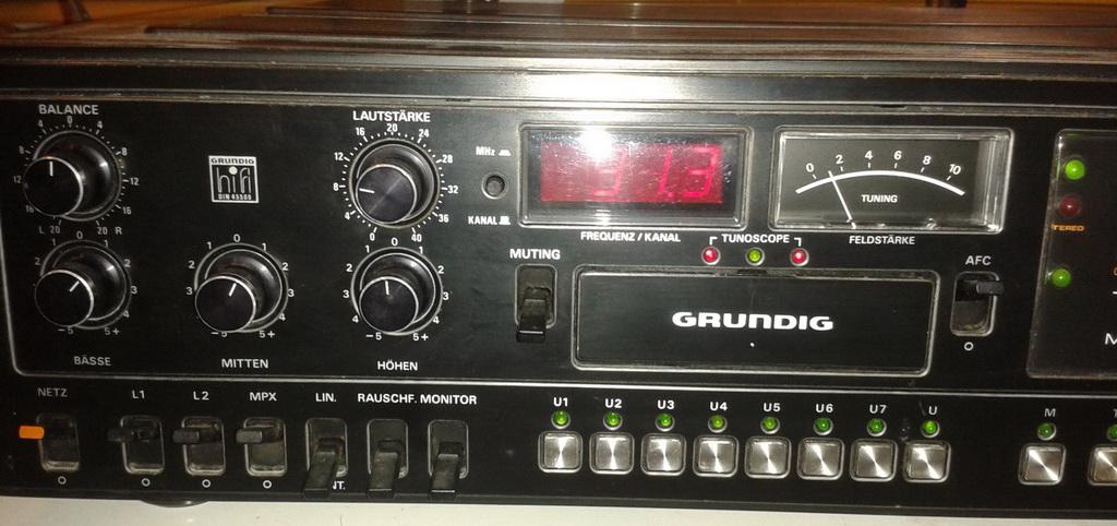 Grundig R 48