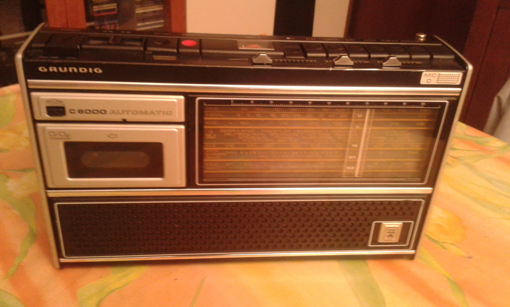 Grundig C6000
