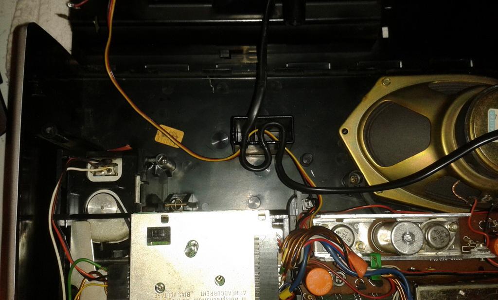 Grundig C6000 rimontaggio
